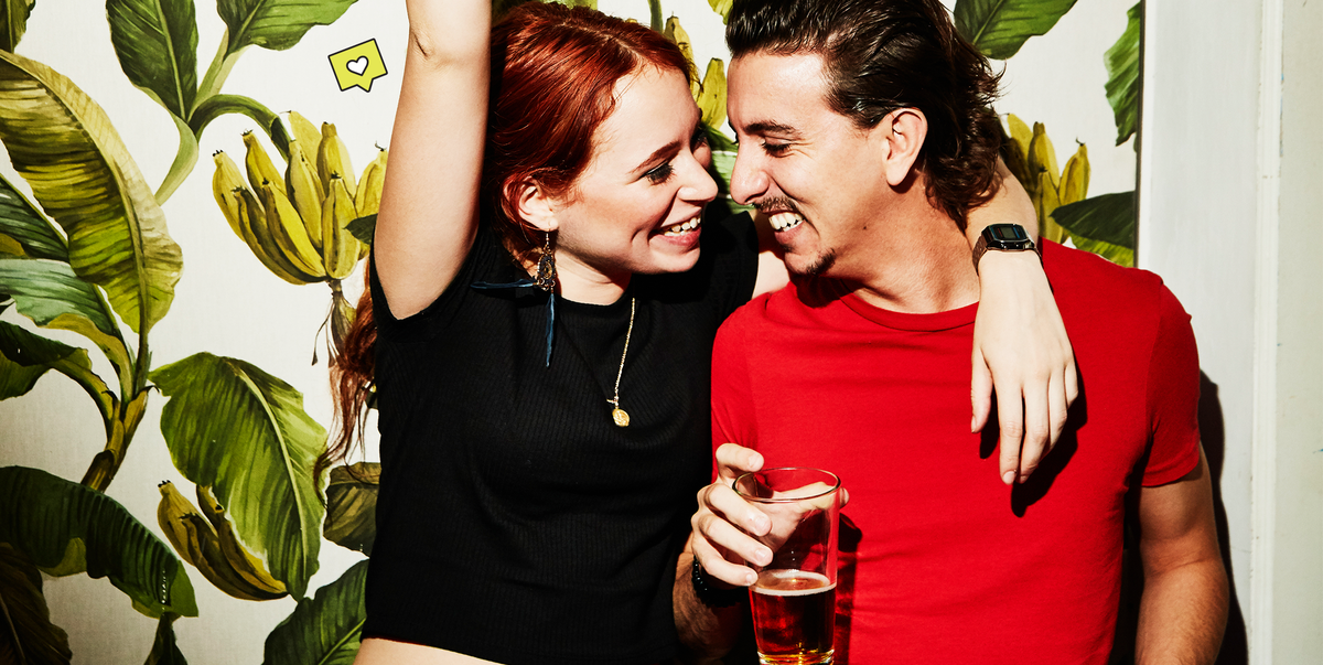 30 Funny Questions to Ask Your Date